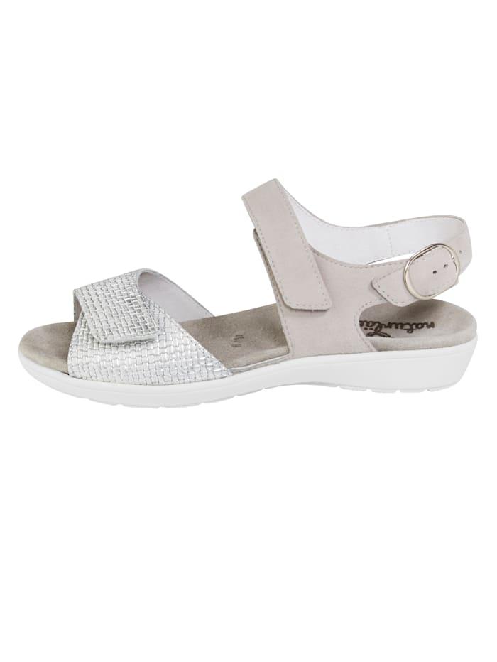 Sandale mit verdecktem Druckknopfverschluss