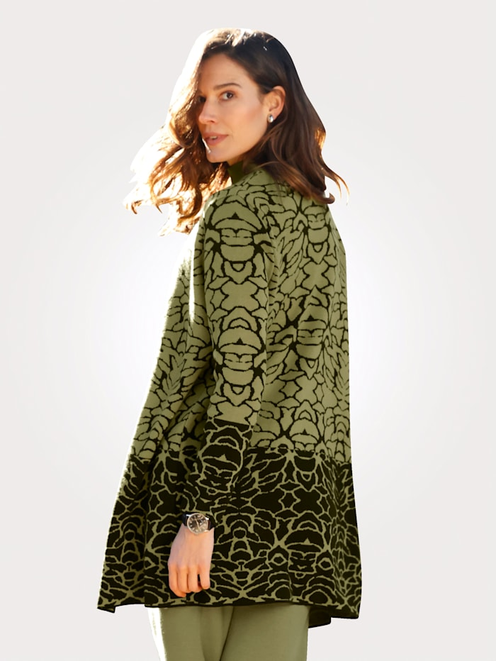 Cardigan in a jacquard knit