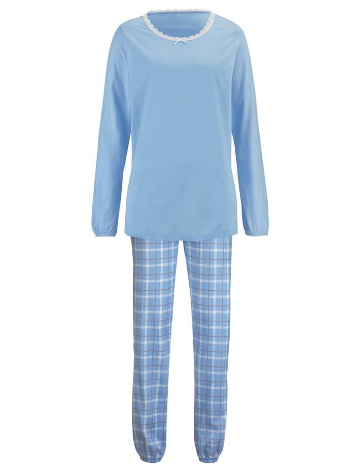 Schlafanzug mit angesagtem Samtband