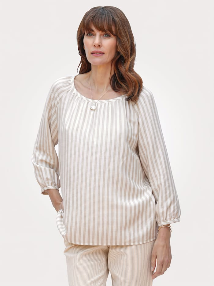 Pull-on blouse made from jacquard