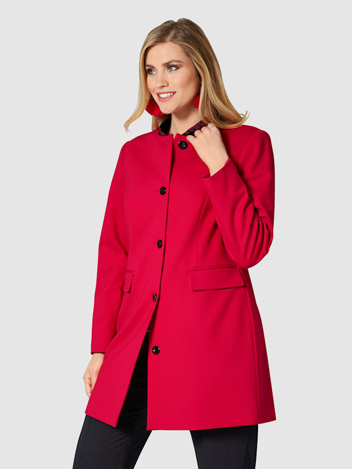 Sara Lindholm Robe manteau met pasvormnaden, Rood