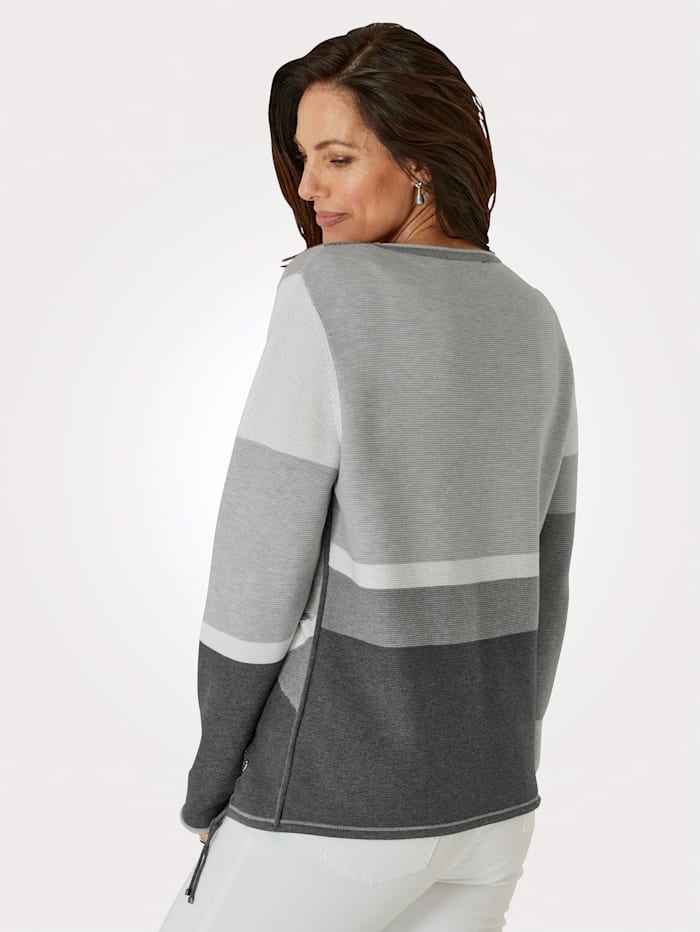 Jumper in a chic intarsia knit