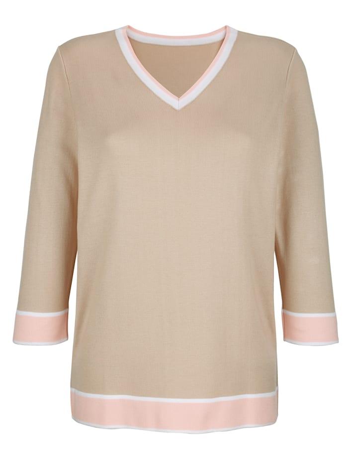 Pullover farblich abgesetzt