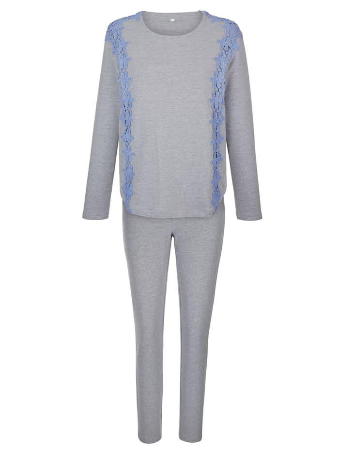 Loungewear set with lace detailing