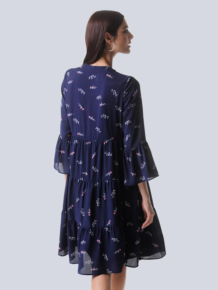 Kleid mit filigranem Herzchendruck