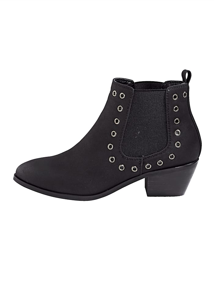 Chelsea boot in trendy westernlook
