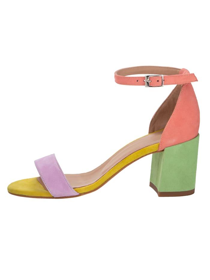 Sandales vendues en exclusivité chez nous!