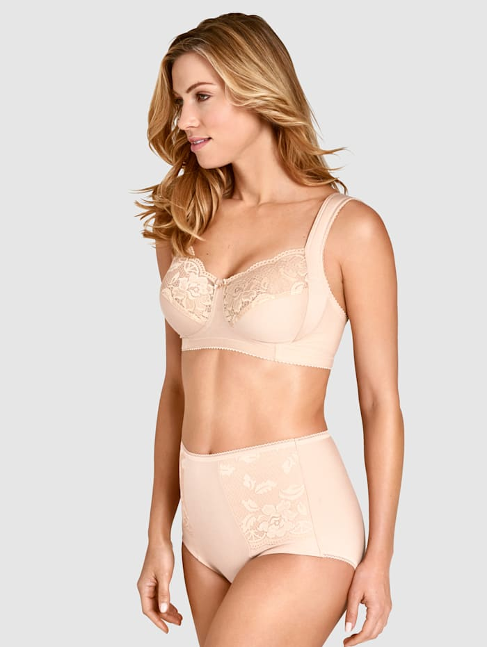 Bra with support function