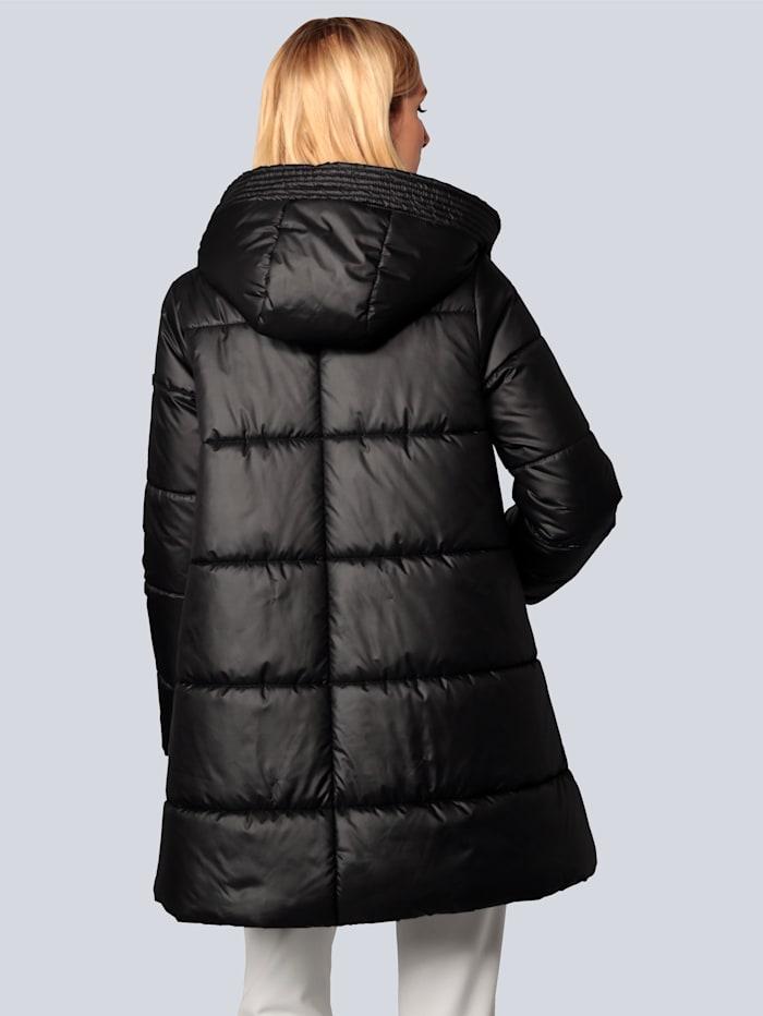 Mantel mit Reißverschlüssen in der Seitennaht