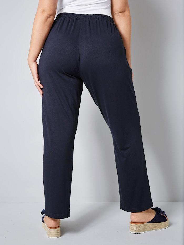 Nilkkapituiset housut