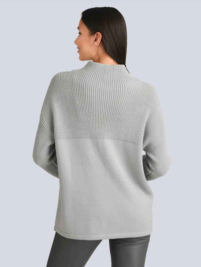 Pullover mit partiellem Strukturstrick