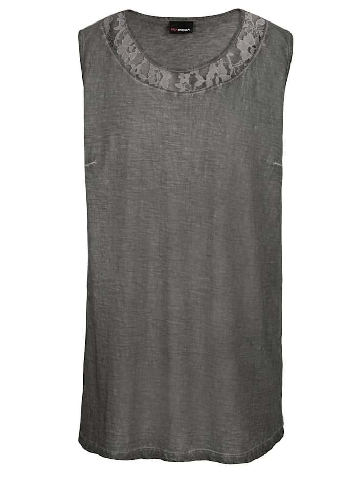 Shirtjacke mit femininen Spitzendetails