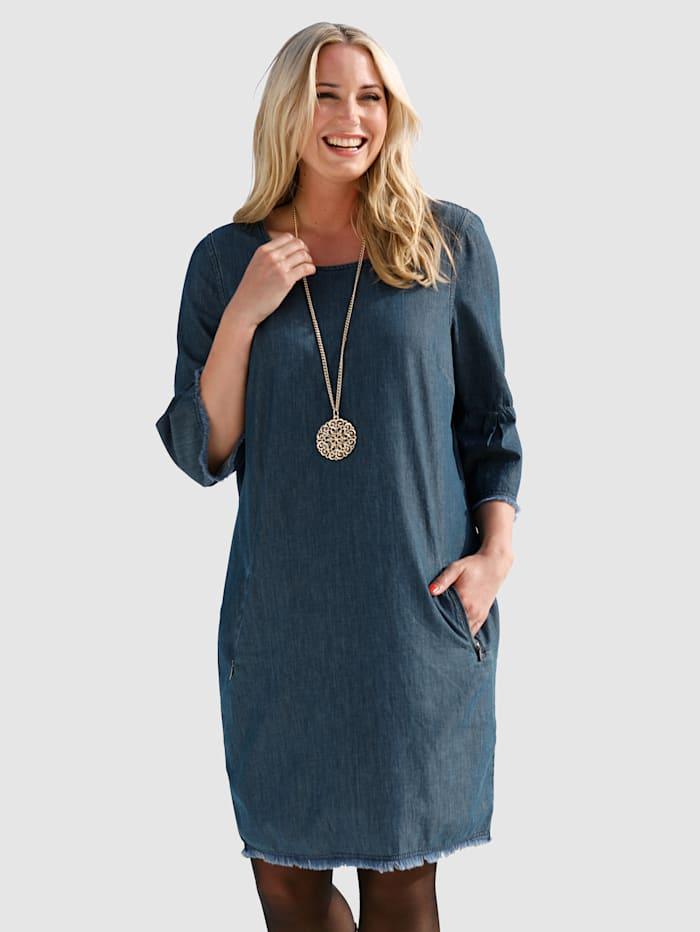 Kleid aus leichtem Jeans-Stoff