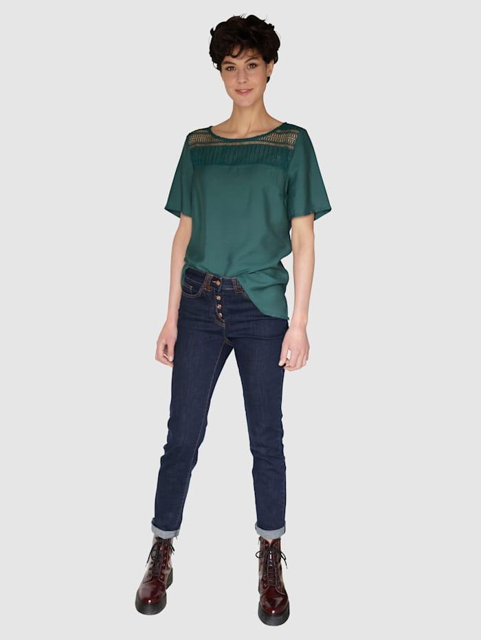 Jeans med knapper