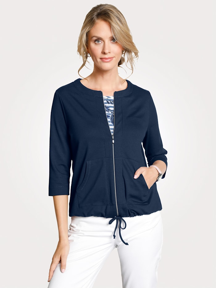 Jacket with a drawstring