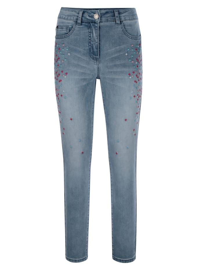 Jeans mit farbenfroher Stickerei im Vorderteil