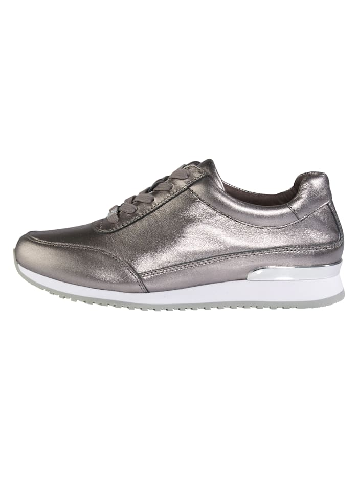 Lace-up shoes in a unique design