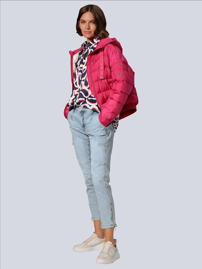 Jeans mit dekorativen Reißverschlüssen