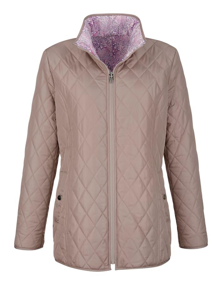 Keerbare jas in licht getailleerd model