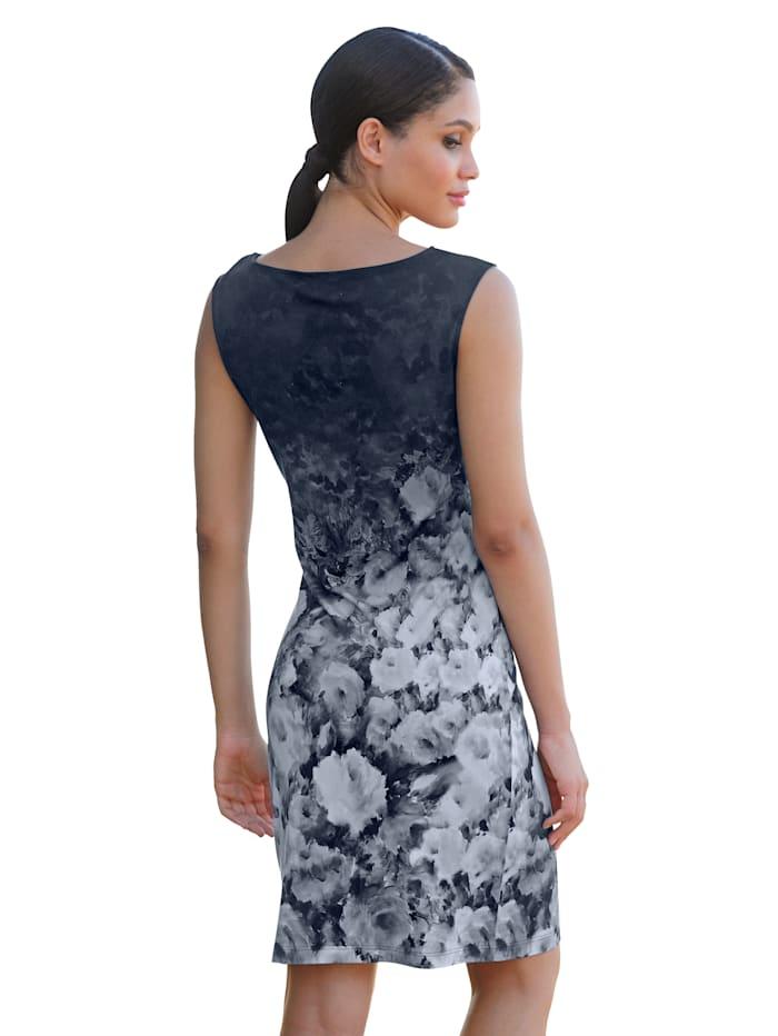 Kleid im Farbverlauf