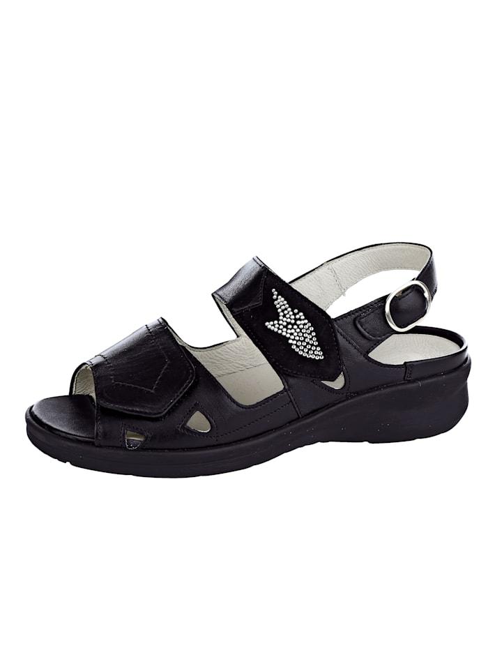 Erittäin leveälestiset sandaalit