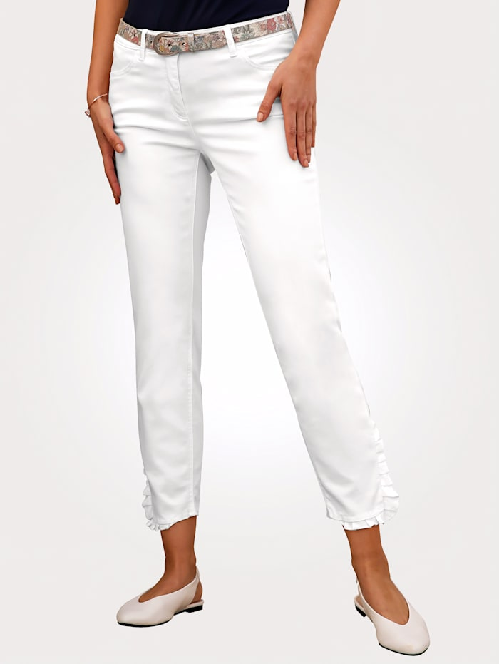 7/8 Jeans with decorative ruffles