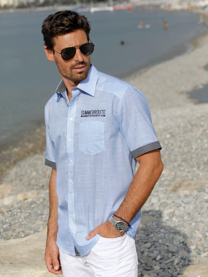 Skjorte med korte ermer