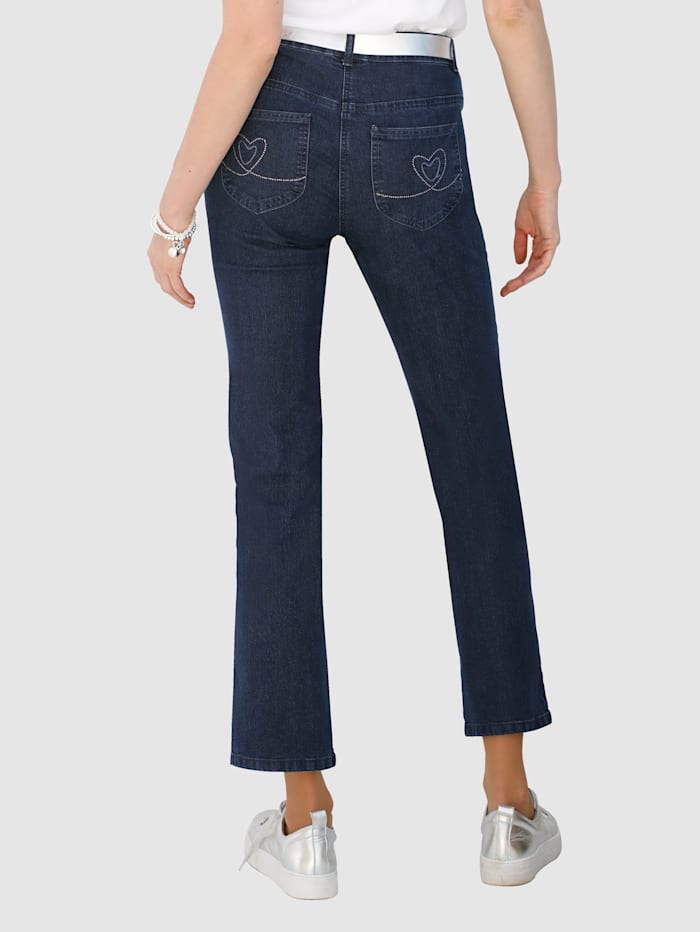 Raka jeans Laura Straight med strass på bakfickorna