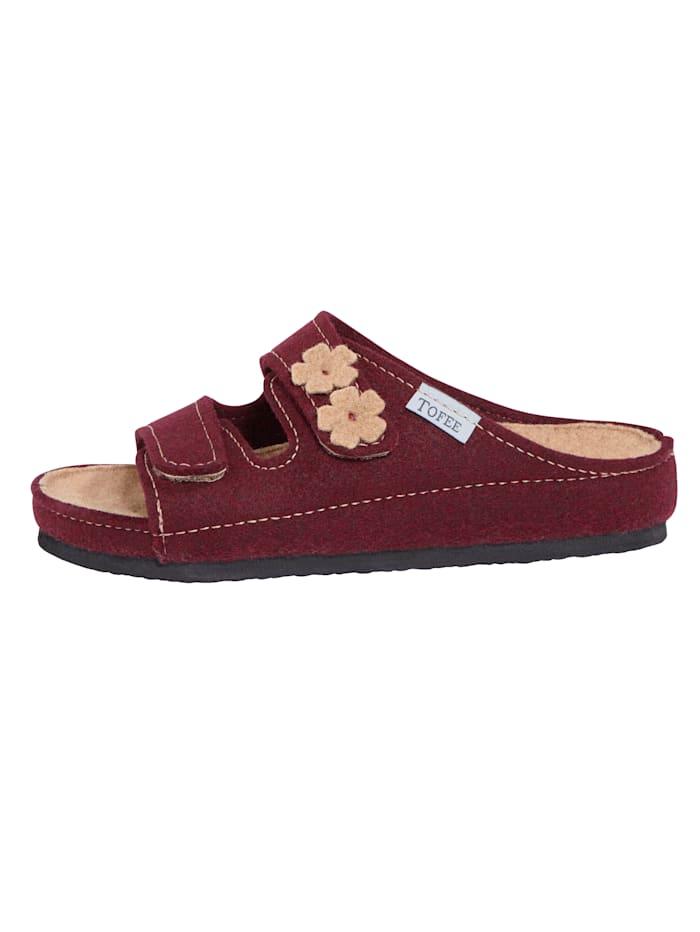 Nazouvací obuv s vyšívanými květinami