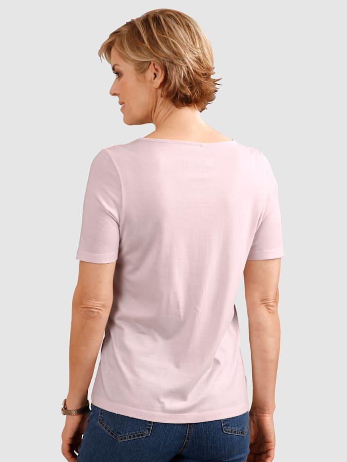 Tričko s pekným výstrihom