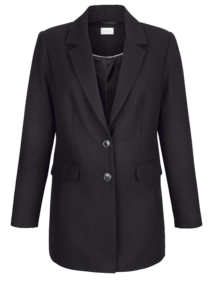 Short coat in a soft wool blend