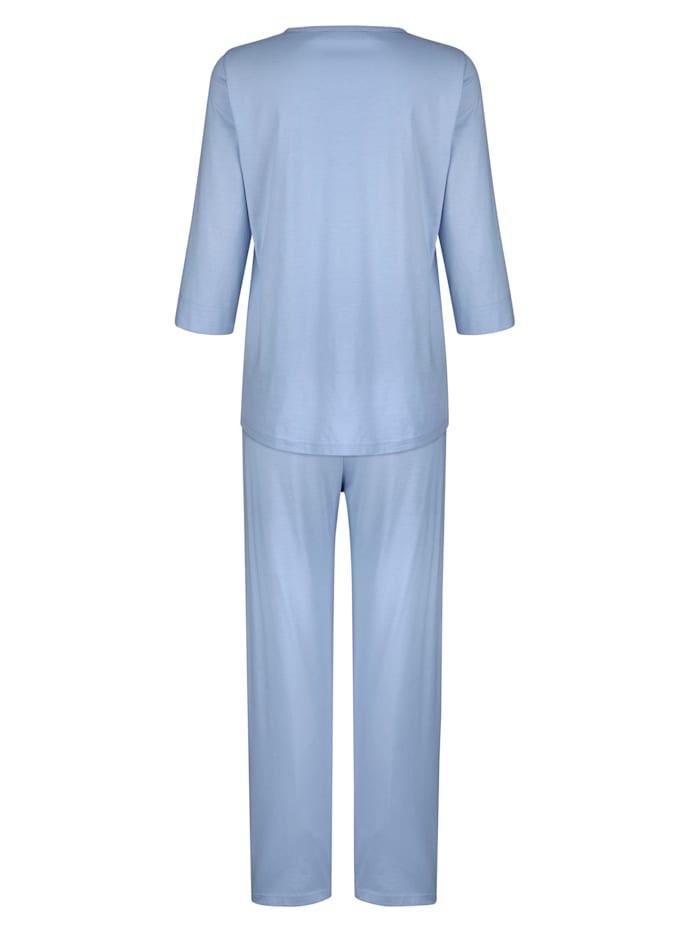 Schlafanzug Mit weich fließenden Falten im Vorderteil