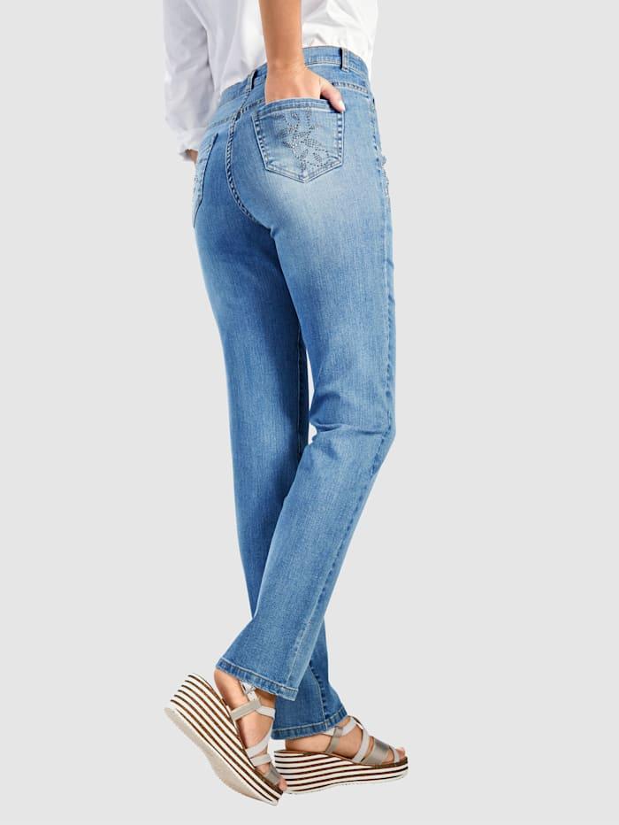 Jeans mit floraler Steinchenzier