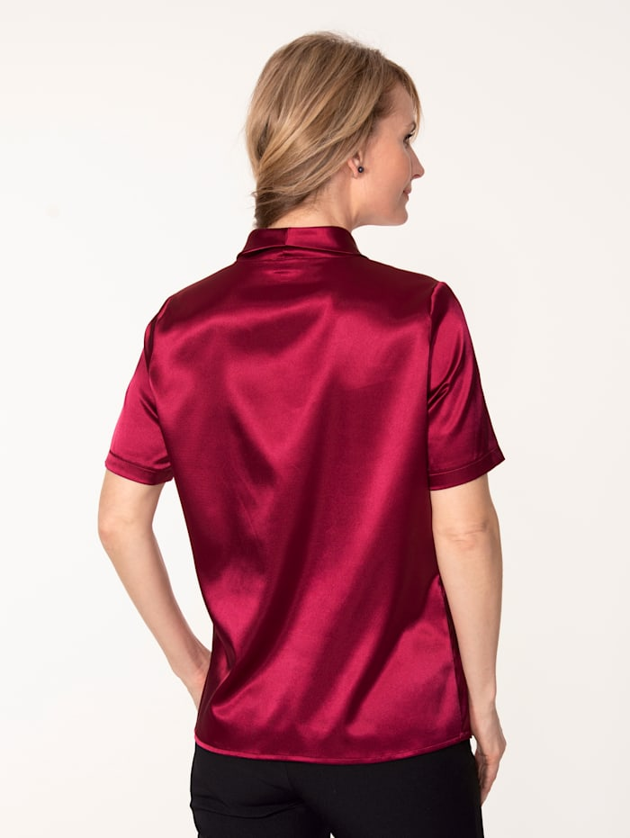 Blouse en satin extensible