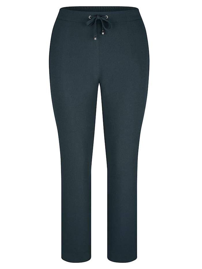 Kalhoty v lehké kvalitě
