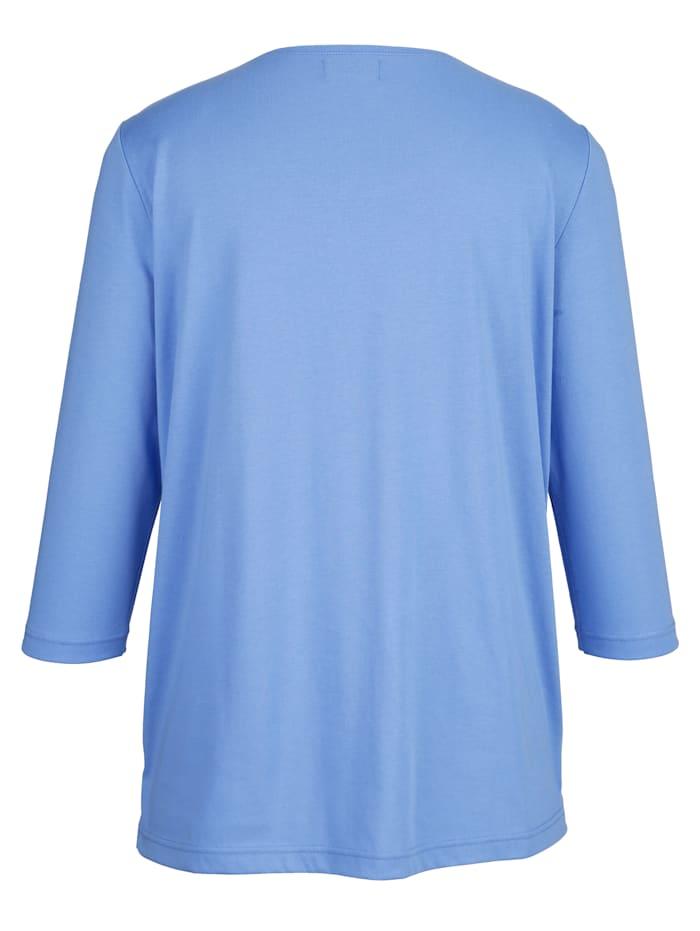 Niittiraidallinen paita