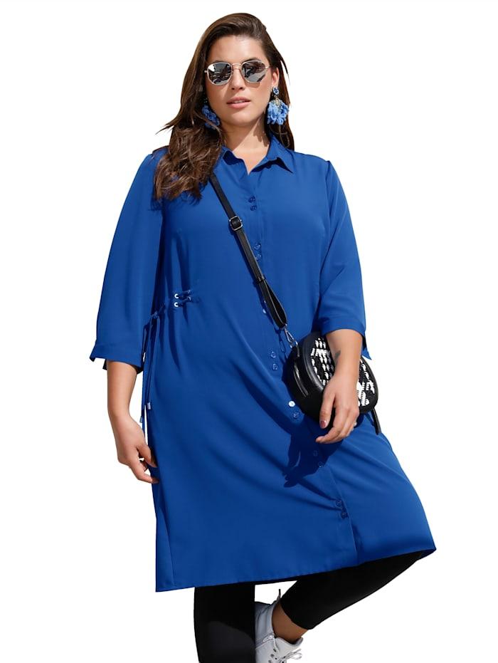 Kleid mit Bändern an den Seiten