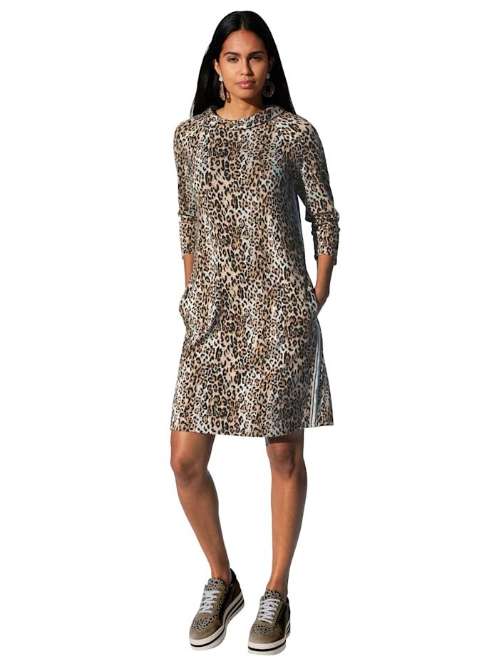 Kleid mit Glitzergarn-Verarbeitung