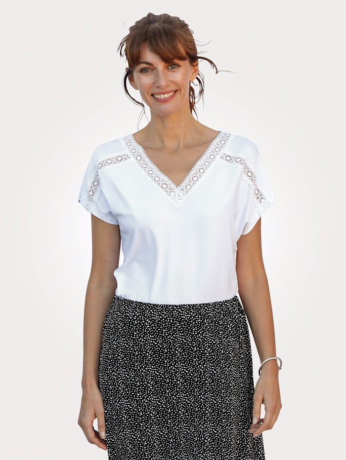 MONA Shirt mit zierender Spitze, Weiß