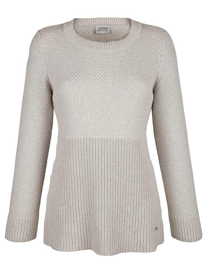 Pullover in verschiedenen Strickoptiken