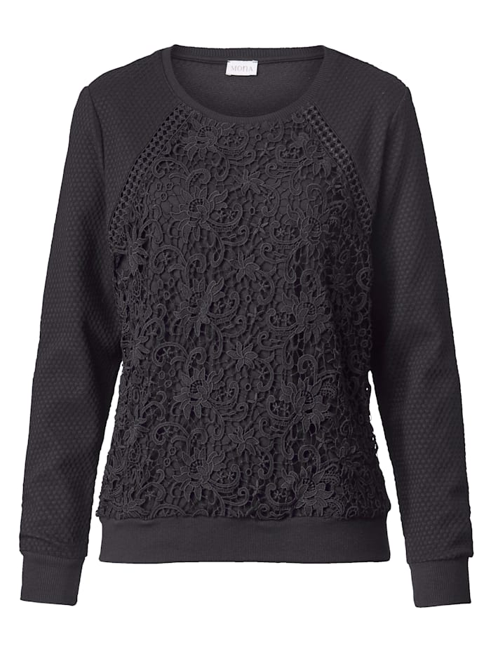 Jumper with lace