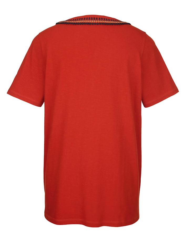 Shirt met sierlijke hals