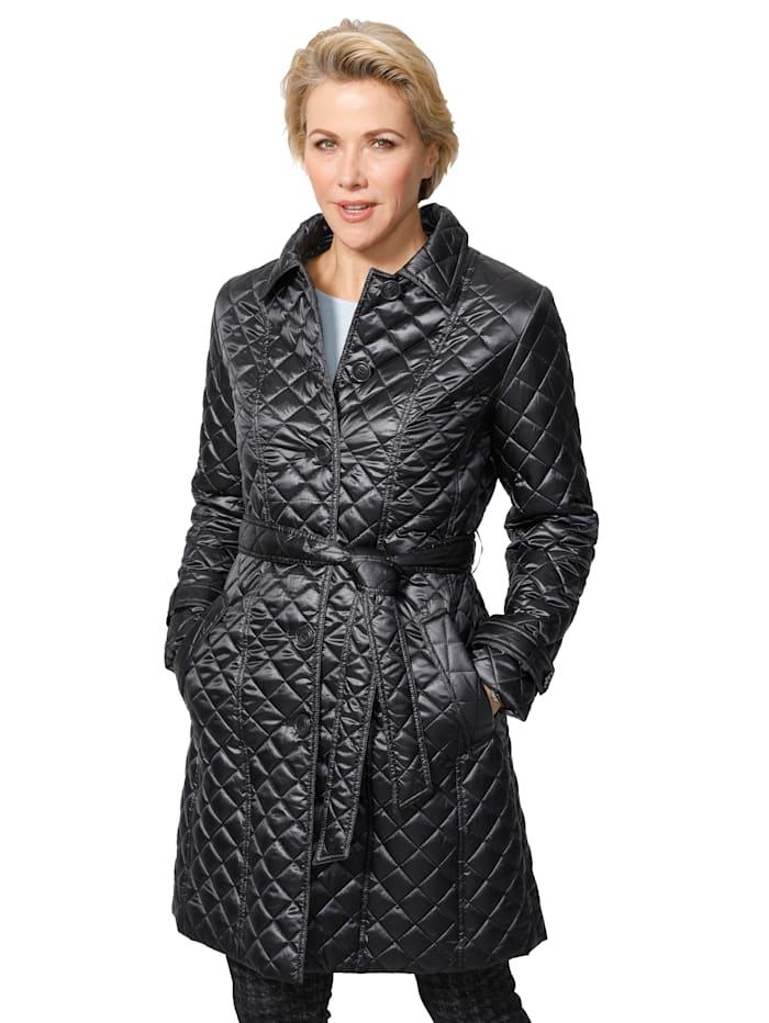 Doorgestikte mantel