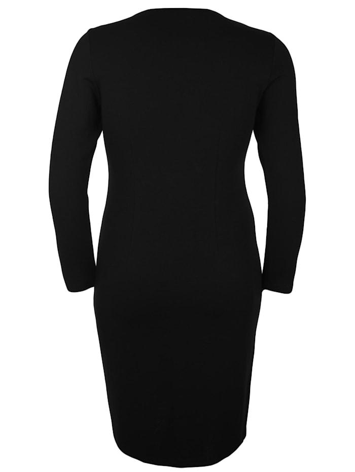 Jerseykleid mit Karree-Ausschnitt