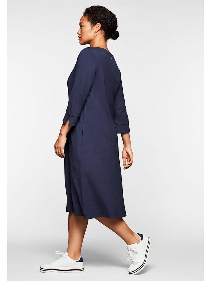 Sheego Kleid mit 3/4-Arm und Kontrasttape am Ausschnitt