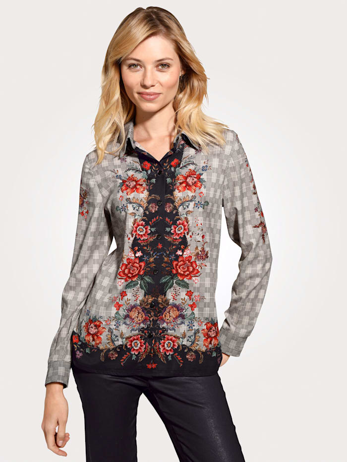 Bluse mit kreativen Mustermix