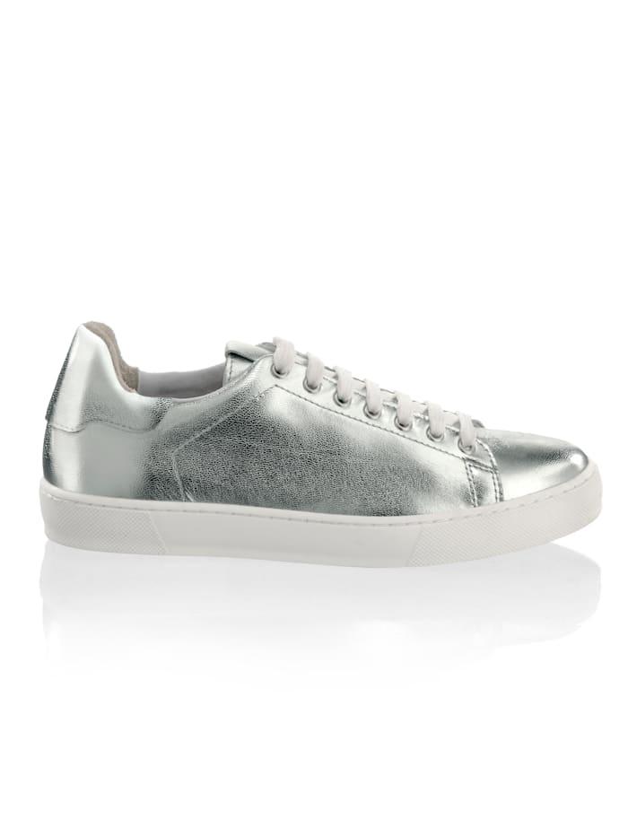 Sneaker in metallischer Optik