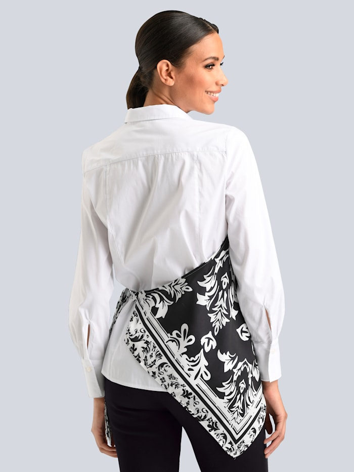 Bluse mit satiniertem Bindetuch