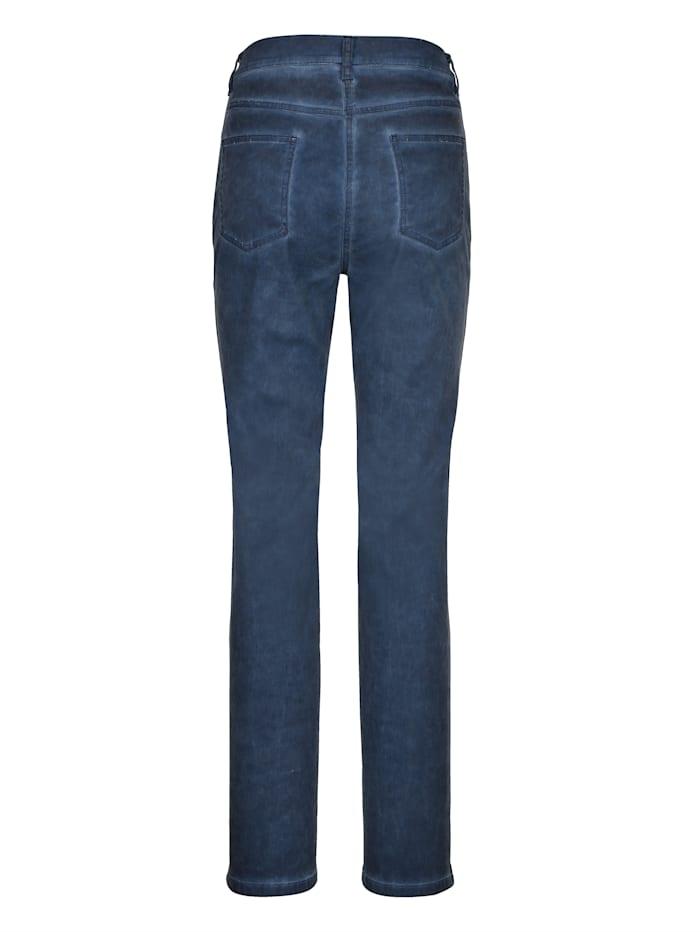 Trousers in a slim cut