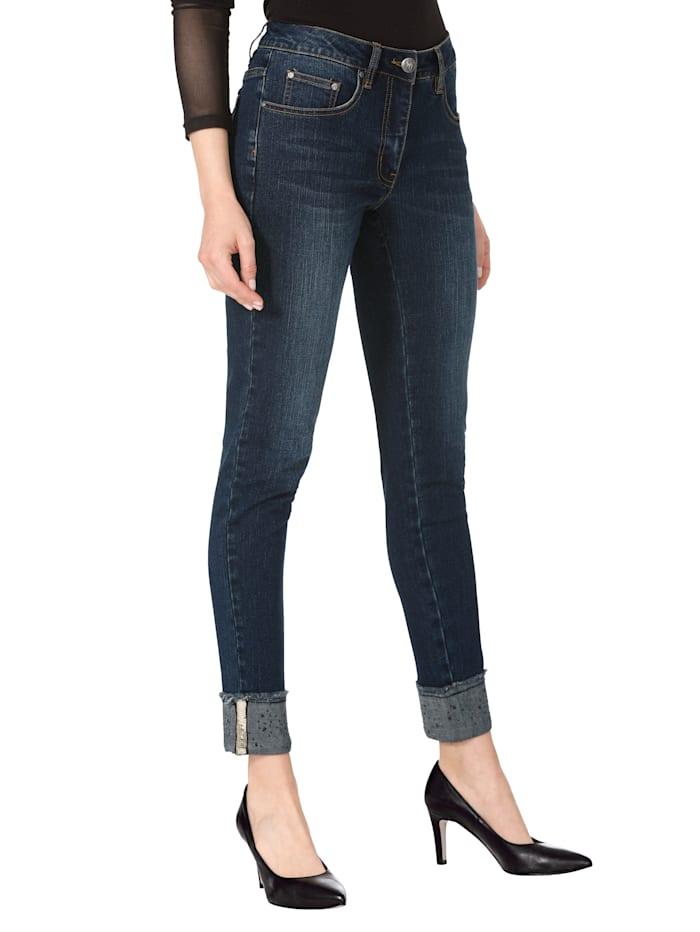 Jeans mit Paillettenstreifen und Strassteindekoration